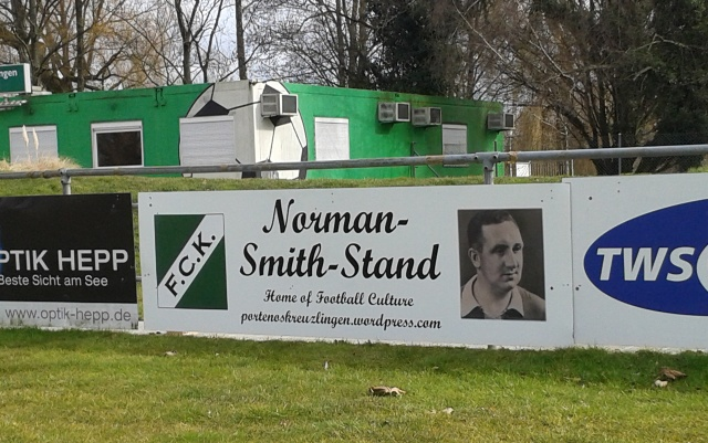 Norman Smith Stand Bande