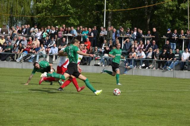 Zuschauer Fan. FC Kreuzlingen gegen FC Amriswil auf der Sportanlage Hafenfeld Kreuzlingen am Samstag 9. Mai 2015 (FOTO GACCIOLI KREUZLINGEN)